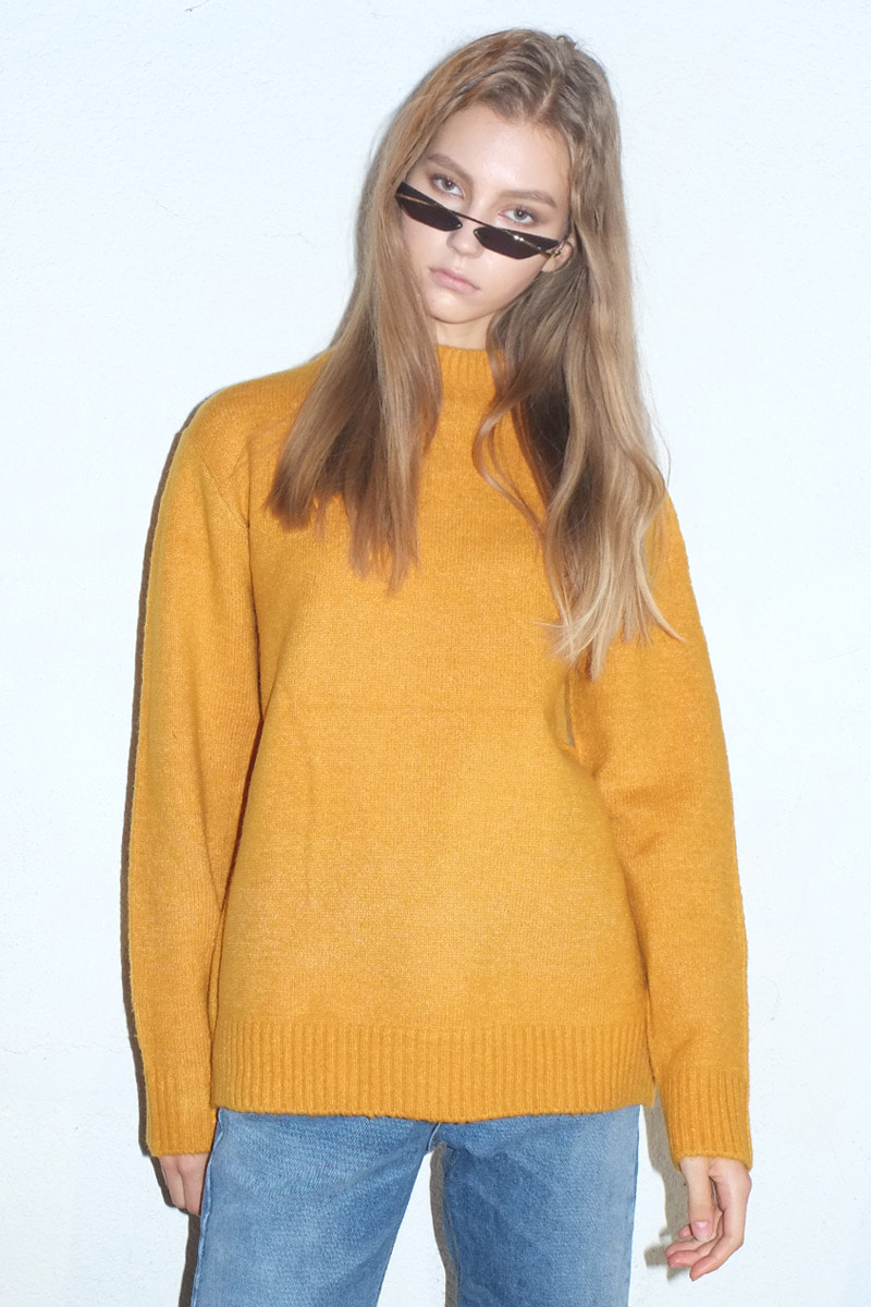 Lip Prits Turtleneck Sweater (MUSTARD)